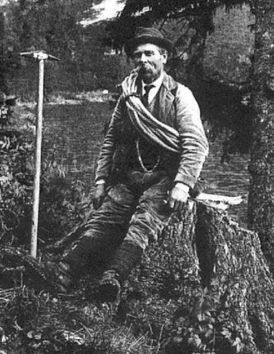 id. Franz János